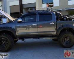 Spatbordverbrders voor Toyota Hi-Lux 2012-2015 monster (face-lift)- 95 mm breed