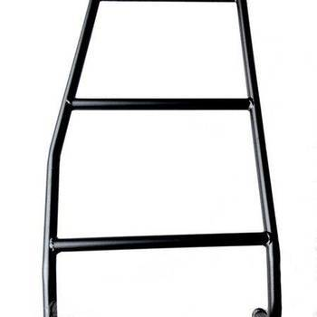 Kort laddertje voor op de achterdeur