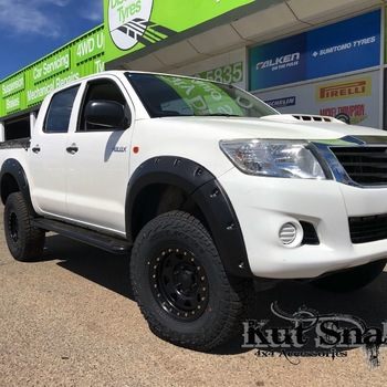 Spatbordverbrders voor Toyota Hi-Lux 2012-2015 standaard (face-lift)- 50 mm breed